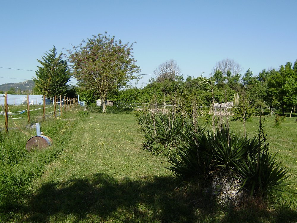 Aire camping-car à Meyrargues (13650) - Photo 3